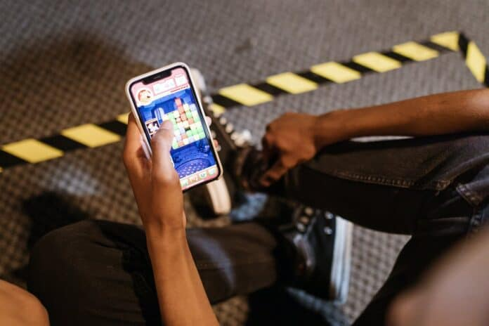 No Data, No Problem: Mobile Gaming Tips for Those with Low or No Data
