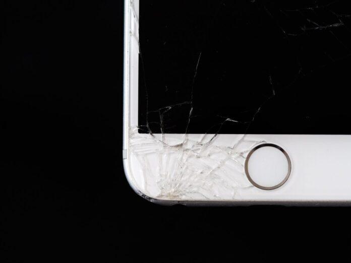 Best Ways to Recycle Broken Cell Phones